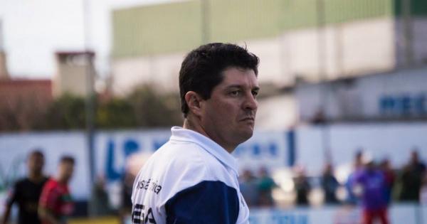 Carlos Moraes não é mais o técnico do Glória